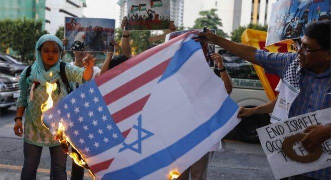 Decisão americana de transferir embaixada para Jerusalém e reconhecer a cidade como capital de Israel gerou prostetos em diversos países, como nas Filipinas