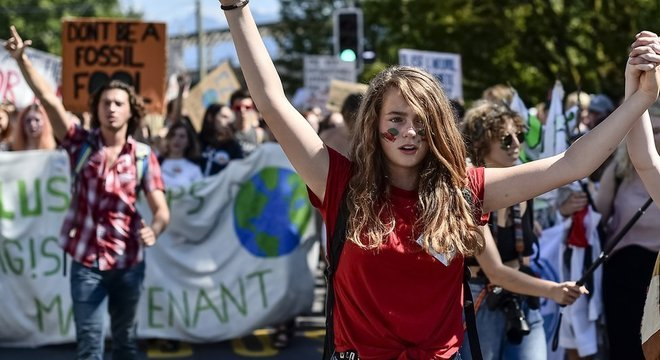Enquanto os jovens protestam contra as mudanças climáticas, os grandes empresários exercem pressão de outra forma