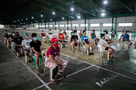 Manila estende quarentena por mais um mês