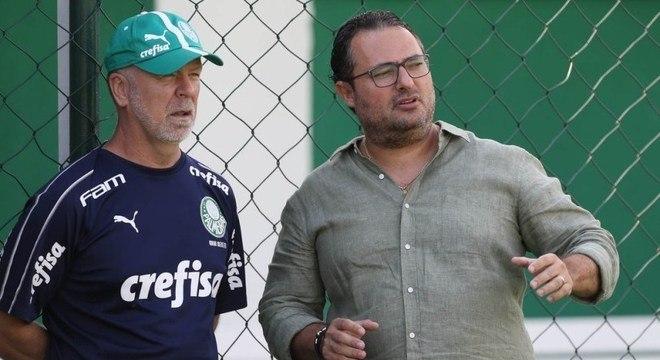 R$ 3,5 milhões para o Palmeiras despachar Mano e Mattos