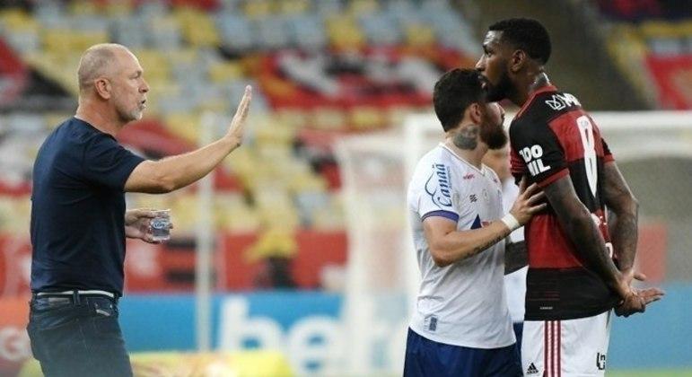 Mano Menezes comparou a acusação de racismo à 'malandragem'
