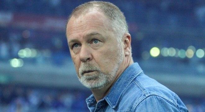 Mano Menezes, de 57 anos, havia deixado o Cruzeiro no início de agosto