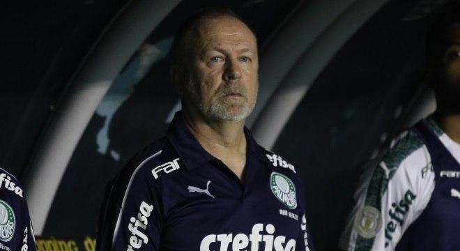 Mano Menezes estreou no comando do Palmeiras neste sábado