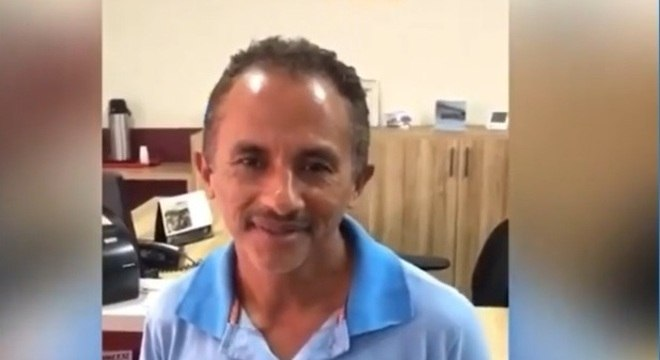 Manoel Gomes bombou com o hit Caneta Azul