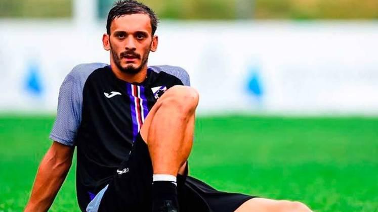Manolo Gabbiadini, da Sampdoria, também testou positivo, além de Omar Colley, Antonino La Gumina, Morten Thorsby e Albin Ekdal e do médico Amedeo Baldari.