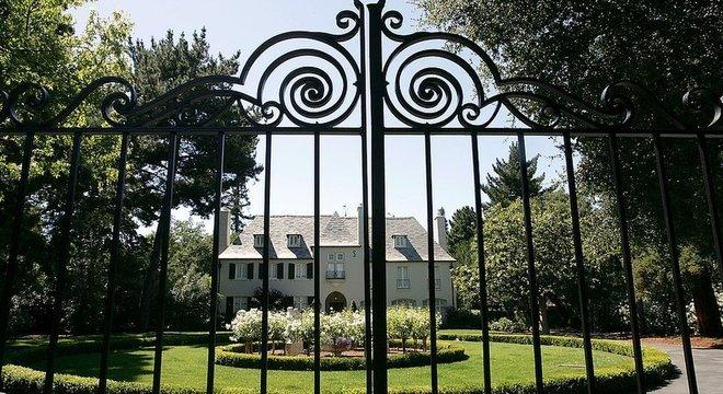 A mansão mais barata de Atherton vale US $ 2,5 milhões, segundo dados de Zillow