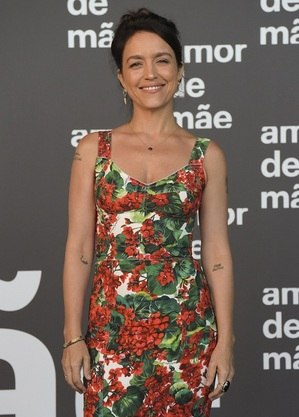 Manuela Dias, autora da Globo