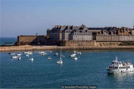 A comunidade de St-Malo tem uma forte ligação com o lendário movimento das marés
