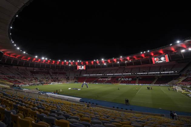 Carioca sem o Maracanã - Desde que o Maracanã foi construído, em 1950, somente nos anos de 2011, 2012 e 2013 o estádio não foi utilizado no Campeonato Carioca. Isso porque o Templo do Futebol estava em obras para a Copa do Mundo de 2014