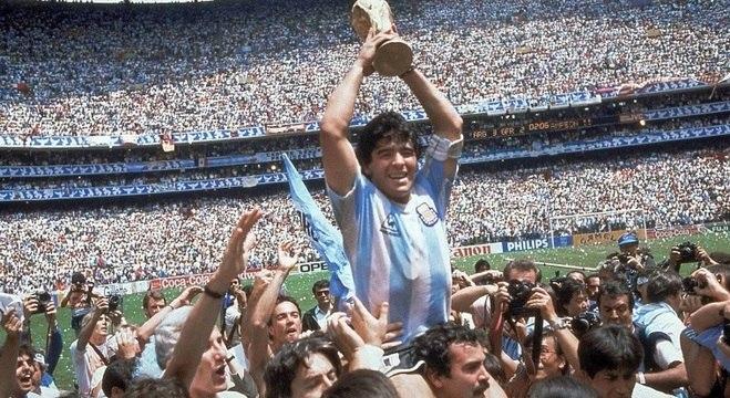 Maradona conduziu a Argentina ao título mundial de 1986 no México