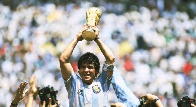 Maradona e a Copa que ganhou sozinho