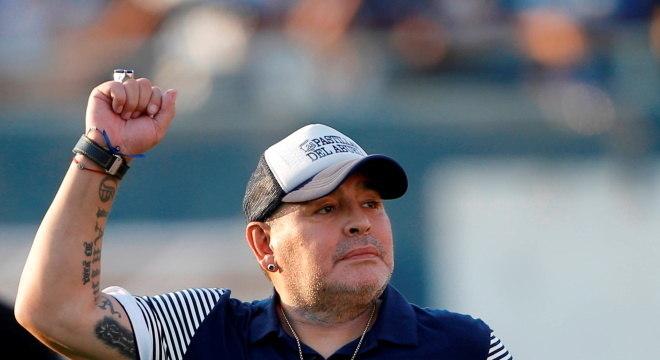 Maradona passou por uma cirurgia no cérebro no início da semana
