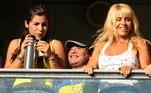 Maradona, no fim da vida, manteve distância de Dalma e Giannina, e da ex-mulher, ClaudiaVillafañe, de quem se separou em 2003, após quatorze anos de casamento