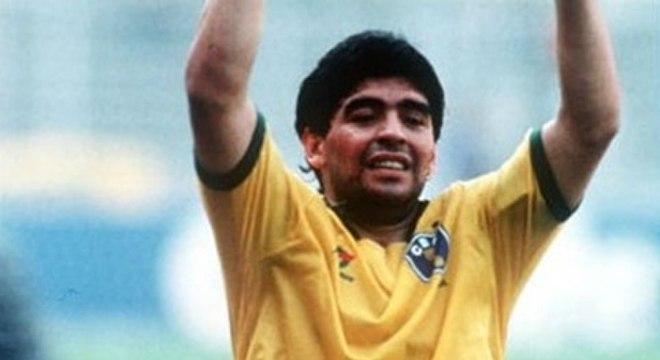 Maradona teve seu nome especulado em clubes brasileiros algumas vezes