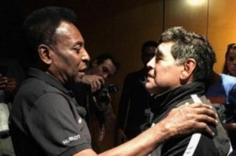 Maradona entrevistou Pelé na Argentina