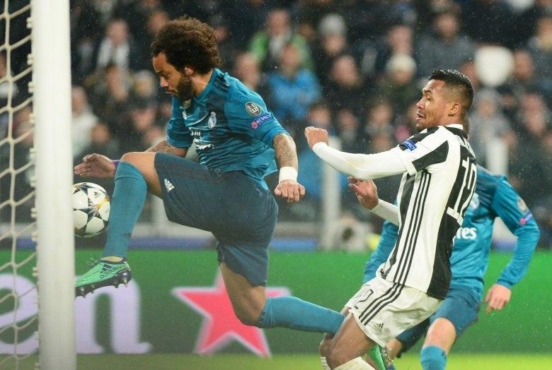 Cristiano Ronaldo faz gol de bicicleta e Real Madrid vence da Juventus -  Esportes - R7 Futebol f16ef977dcc77