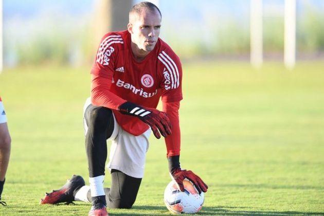 Marcelo Lomba (34 anos) - Goleiro do Internacional