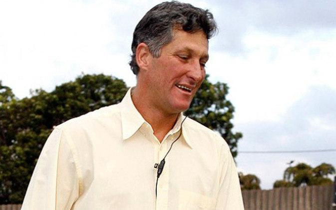 Marcio Bittencourt - Com a demissão de Daniel Passarella, coube a Bittencourt liderar o Corinthians da beira dos gramados. Ele levou a equipe à liderança do Brasileiro de 2005 e chegou a ser efetivado, mas deixou o cargo com a contratação de Antônio Lopes.