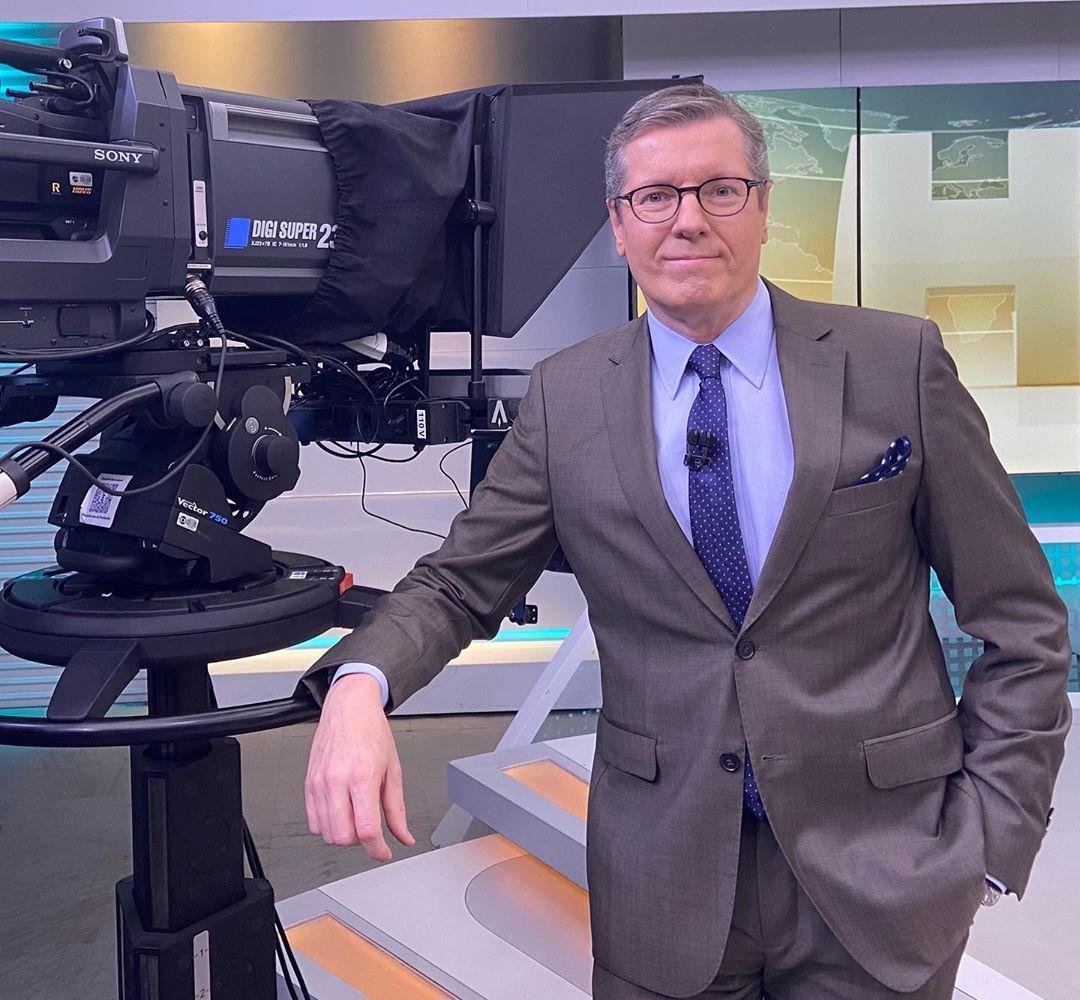 Márcio Gomes deixa Globo após 21 anos e assina com a CNN Brasil - Prisma -  R7 Flavio Ricco