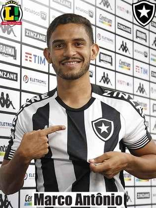 MARCO ANTÔNIO - 6,5 - Contribuiu para fazer com que o Botafogo rondasse a área adversária em boa parte da etapa inicial. Foi sacado no intervalo.