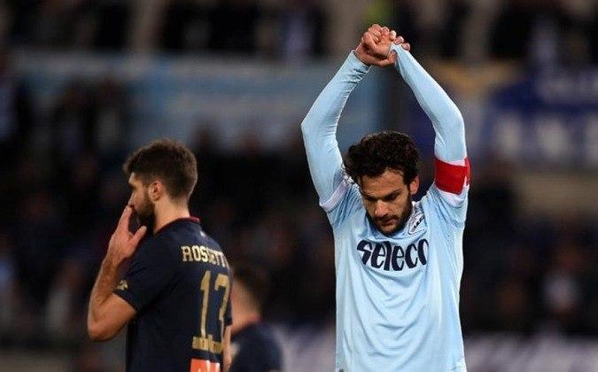 Marco Parolo: meia - 36 anos - italiano - Fim de contrato com a Lazio - Valor de mercado: 1 milhão de euros