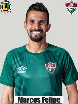 Marcos Felipe - 5,5: O goleiro não passou segurança para o torcedor do Fluminense. Marcos Felipe foi mais exigido durante a segunda etapa e não conseguiu parar o ataque do São Paulo.