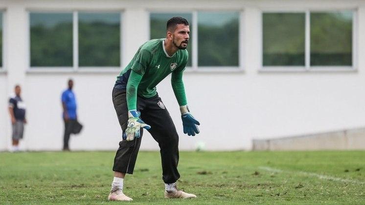 Marcos Felipe - goleiro - 24 anos - contrato até 31/07/2022