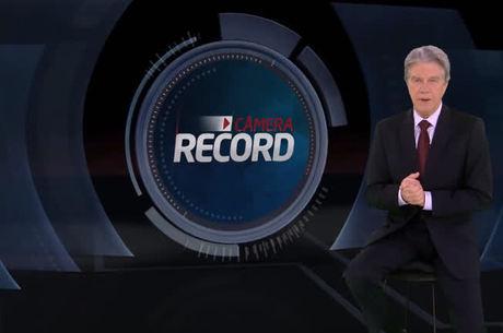 Marcos Hummel à frente do 'Câmera Record'