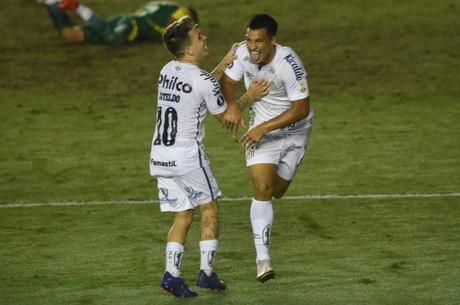 Cria da base, Marcos Leonardo fez seu primeiro gol com a camisa do Santos