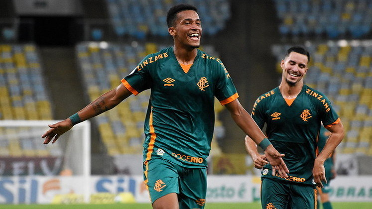 Marcos Paulo - 8 gols