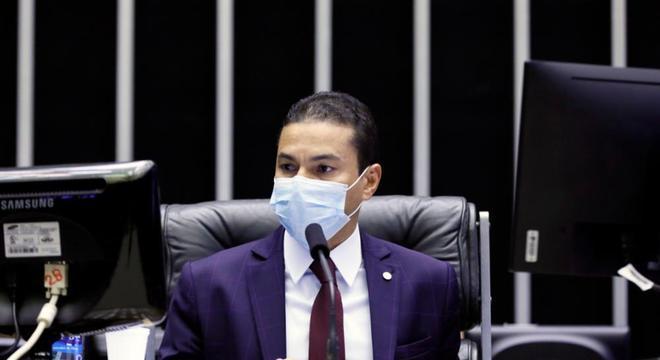 Vice-presidente da Câmara, deputado Marcos Pereira (Republicanos-SP), durante votação