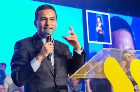 Presidente do PRB, Marcos Pereira falou com Bolsonaro