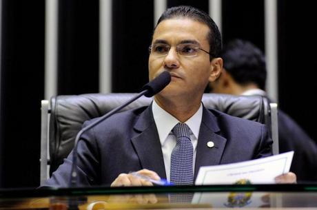 Marcos Pereira protocolou projetos na Câmara