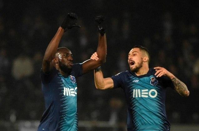 Marega (29 anos) - Clube atual: Porto - Posição: atacante - Valor de mercado: 20 milhões de euros