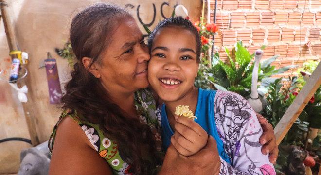 Com a ajuda do Projeto Nova Canaã, a doméstica consegue manter a família