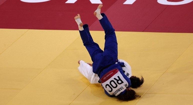 Maria Portela aplicou esse golpe na russa Madina Taimazova, mas o VAR não confirmou a pontuação