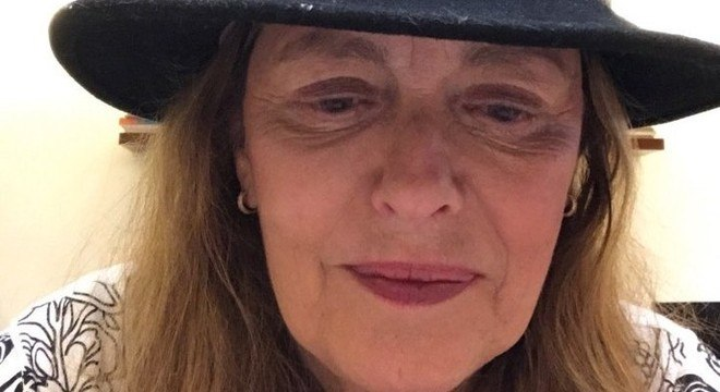 Atriz veterana voltou a causar polêmica em live nas redes sociais