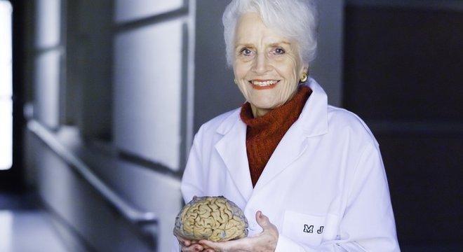 Os estudos de Marian Diamond quebraram o paradigma de que o cérebro era uma estrutura estática que não mudava