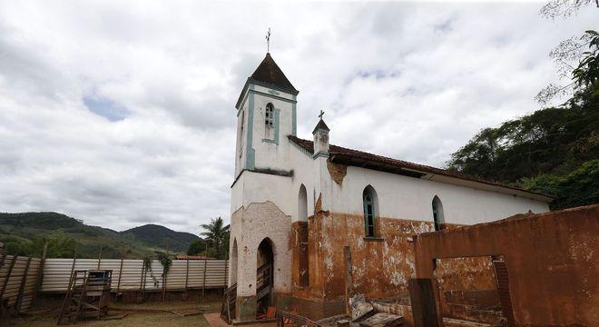 Povoado de Bento Rodrigues foi arrasado pela lama em 2015