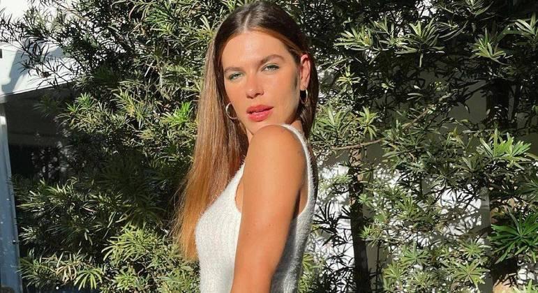 """Mariana Goldfarb falou sobre relação com o próprio corpo: """"Odiei o meu"""""""