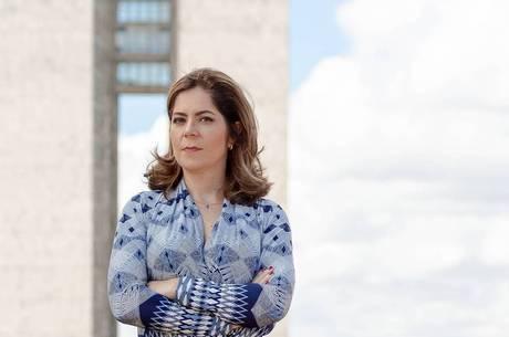 A jornalista Mariana Londres assina o R7 Planalto