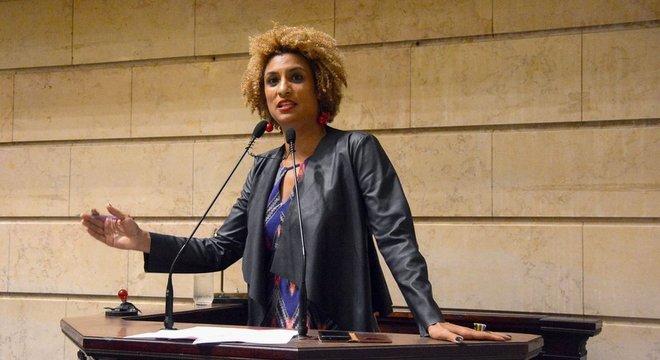 Marielle Franco em foto de 2018; ela e o motorista Anderson Gomes foram assassinados em março daquele ano