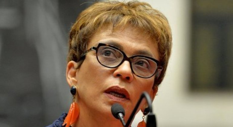 Marília Campos se manifestou favoravelmente à adoção de restrições mais severas em toda a região