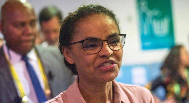 Posturas pouco assertivas de Marina a prejudicaram, dizem cientistas políticas Marina