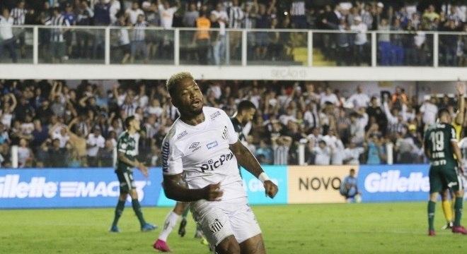 Marinho fez segundo gol e foi destaque da partida na direita do ataque santista