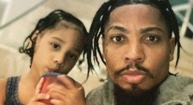 Marinho e a filha. Orgulho de serem negros. Ataque absurdo do comentarista