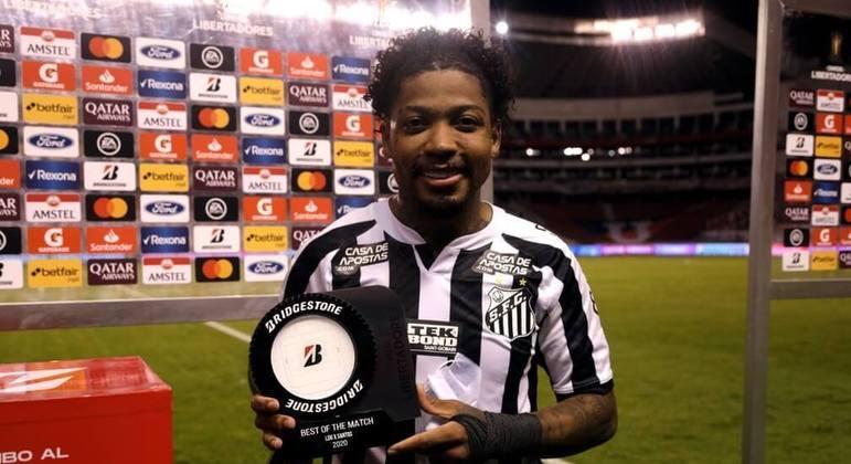 Marinho eleito o melhor jogador da América do Sul. E também o melhor da Libertadores