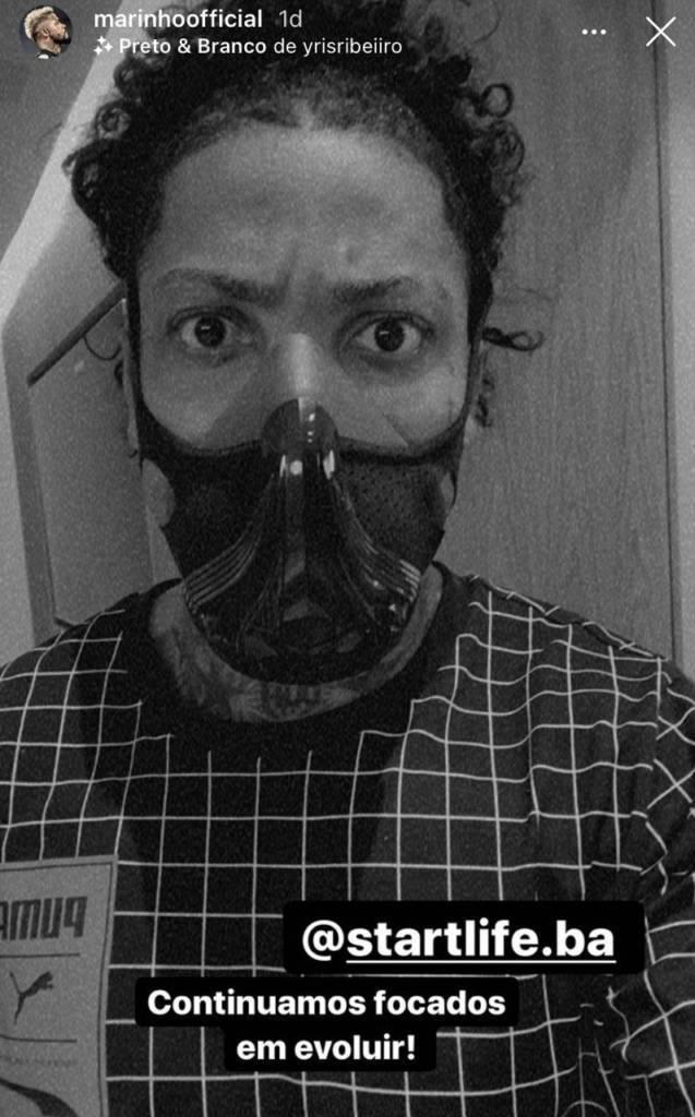 Marinho treinou de máscara. 41 pessoas, 10 jogadores com Covid