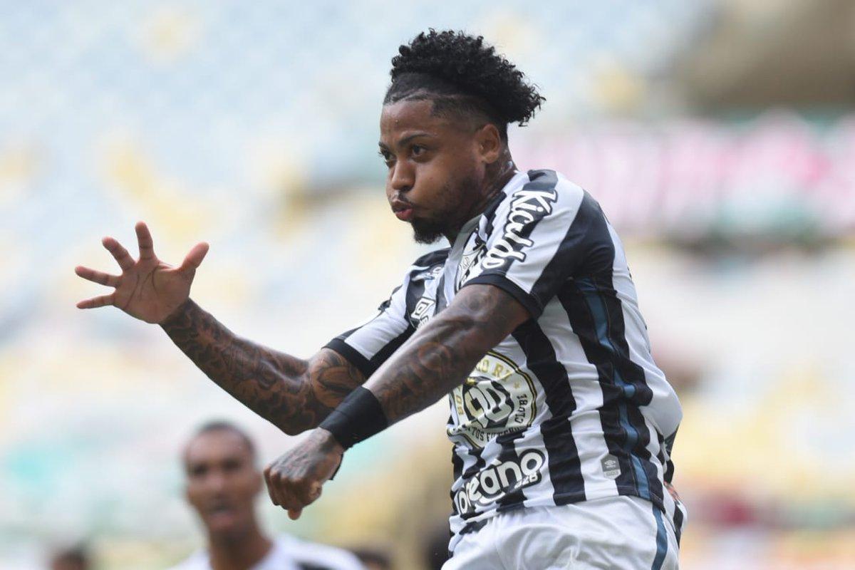 Ariel Holan soube que o Santos também planeja a venda de Marinho