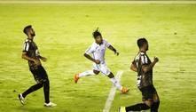 Marinho faz golaço, Santos vence, sobe na tabela e rebaixa o Coritiba